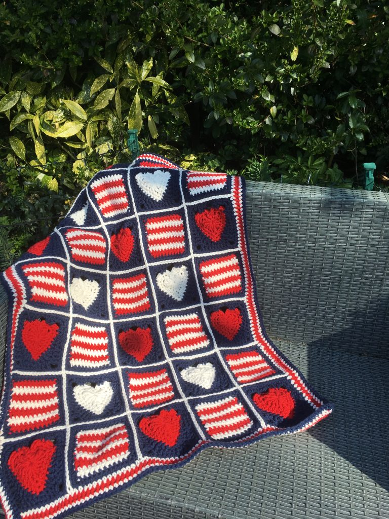 Hearts and stripes blanket