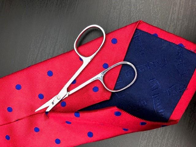 unpick the back seam of the tie