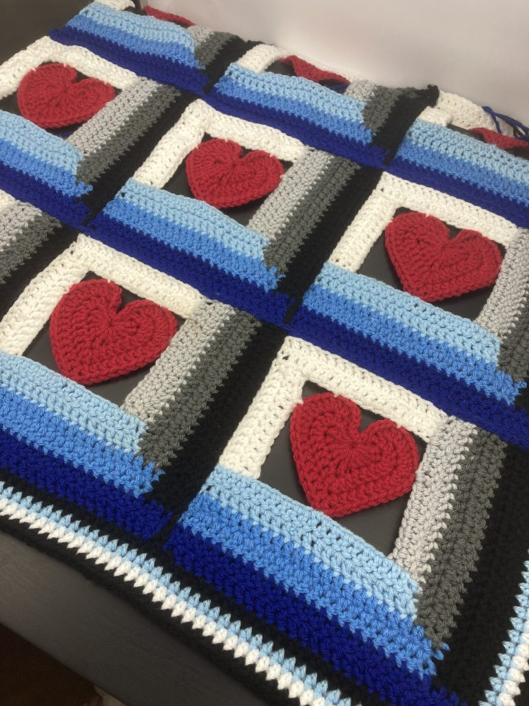 log cabin love blanket